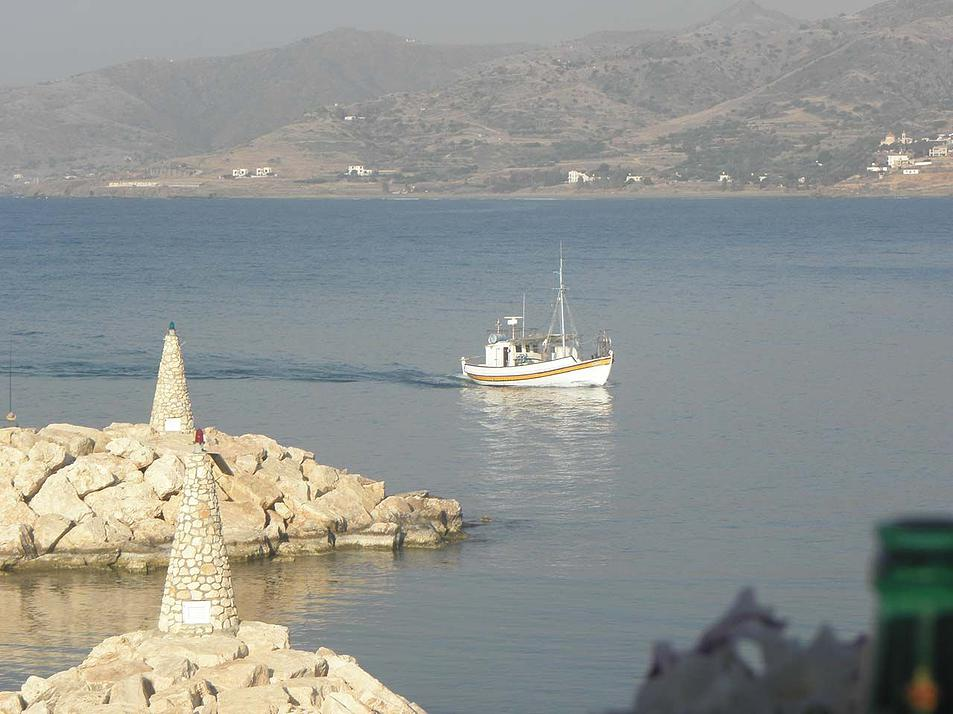 A-fishing-boat-at-Pomos