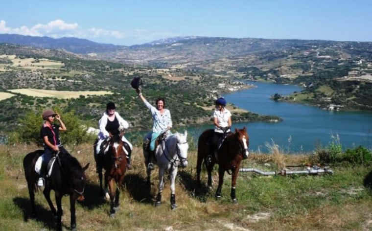 Ride-beautiful-happy-horses-across-spectacular-varied-country